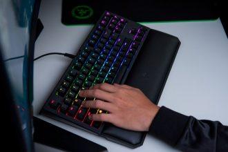 teclado BlackWidow Tournament Edition Chroma V2