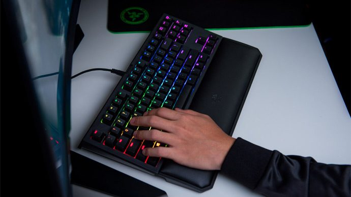 teclado BlackWidow Tournament Edition Chroma V2