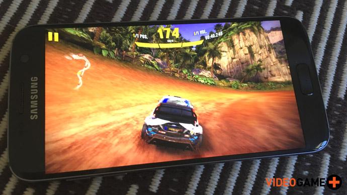 Samsung S7 rodando Asphalt Xtreme